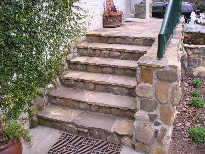 Custom Stone Solutions Manufactured Stone Veneer
